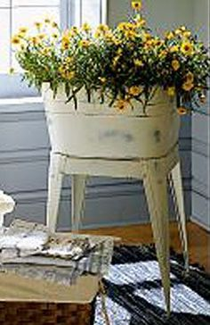Washtub Planter would look nice on my old front porch