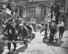 Behind the scenes of Victor Fleming's GONE WITH THE WIND (1939)