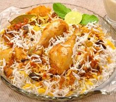 How to prepare delicious Chicken Biryani Recipe? Find wide collection of recipes for all Indian cuisines - North India,South India,East India,West India. Indian Food Recipes, Ethnic Recipes, Chinese Recipes, Spicy Dishes, Biryani Recipe, Order Food, Recipe Details, Food Reviews, Yum Yum Chicken