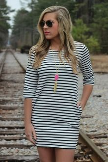 Between The Lines Shift Dress: Black/White