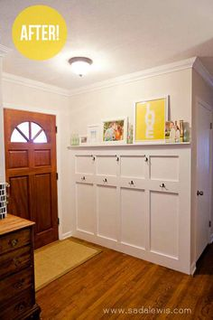 This couple added paneling, coat hooks, and a picture rail to their entryway. It gives the m storage without having a large piece of furniture design office bedrooms interior design de casas Decoration Entree, Young House Love, Board And Batten, Home Renovation, Home Organization, Home Projects, Diy Home Decor, Home Improvement, Sweet Home