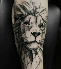 Tattoo Lion: Symbolism and attractive designs of the lion tattoo for both sexes – Tattoo Designs Tattoo L, Paar Tattoo, Tattoo Style, Tattoo Trend, Tattoo Fonts, Body Art Tattoos, Sleeve Tattoos, Gift Tattoo, Lion Arm Tattoo