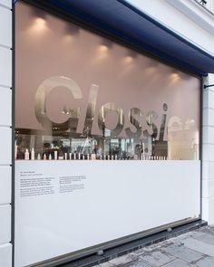 Glossier pop up, glossier branding, retail signage, wayfinding signage, fas Storefront Signage, Wayfinding Signage, Signage Design, Facade Design, Retail Signage, Window Stickers, Window Decals, Shop Front Design, Store Design