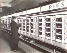 Automat, 977 Eighth Avenue, Manhattan, NY taken by Berenice Abbott (American photographer best known for her black-and-white photography of New York City architecture and urban design of the Drive In, Berenice Abbott, Eugene Atget, Vintage New York, Vintage Diner, Vintage Soul, Vintage Ads, City C, Park City