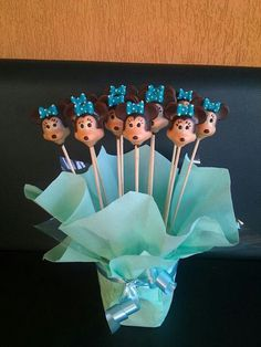 Minnie chocolate lollipops
