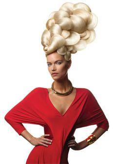 Venus Shell Category: HAIRDO Style/Estilo: Aquage Hair/Pelo: Ann Bray for Aquage Color: Tausha Ostrander for Aquage Makeup/Maquillaje: Wanda Alvarez Photo/Foto: Luis Alvarez for Aquage Fashion Stylist: Patric Chauvez; Dress: Alexander McQueen
