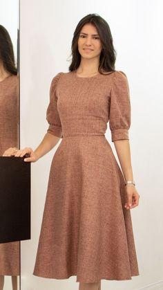 Stylish Dresses For Girls, Stylish Dress Designs, Simple Kurti Designs, Simple Dresses, Casual Dresses, Short Dresses, Salwar Designs, Frock Fashion, Indian Fashion Dresses