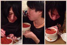 [Champagne]2014/2/21 北海道は食べ物がバイヤー! 左からヒロ、総長、まーくん こま Champagne, Shit Happens, Chocolate, Food, Twitter, Essen, Chocolates, Meals, Brown