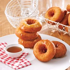 Baked donuts – Caty's recipes - Modern Baked Donut Recipes, Baked Donuts, Doughnuts, Clean Recipes, Cooking Recipes, Easy Desserts, Dessert Recipes, Confort Food, Bon Dessert