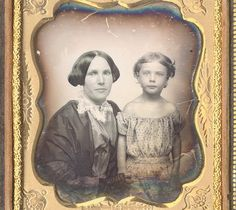 FINE DAGUERREOTYPE OF MOTHER AND CHILD