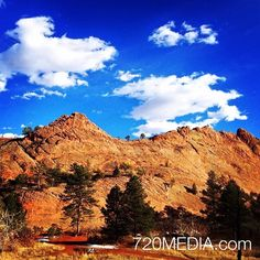 Inspiring views at Red Rock Canyon #coloradosprings http://ift.tt/1BsQmuI  #Colorado #hiking