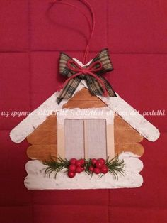 Learn how to make Easy Christmas Ornaments for Kids with these amazing Popsicle Stick Christmas Crafts. Learn how to make Easy Christmas Ornaments for Kids with these amazing Popsicle Stick Christmas Crafts. Popsicle Stick Christmas Crafts, Stick Christmas Tree, Easy Christmas Ornaments, Christmas Crafts For Kids To Make, Popsicle Stick Crafts, Craft Stick Crafts, Simple Christmas, Christmas Art, Christmas Projects