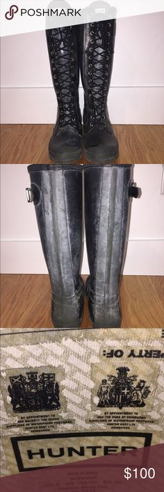 Hunter boots Women's size 8 Hunter lace up rain boots. Black. Totally chic. Hunter Shoes Winter & Rain Boots