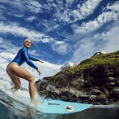 Surfing holidays is a surfing vlog with instructional surf videos, fails and big waves The Sound Of Waves, Big Waves, Ocean Waves, Tatiana Weston Webb, Beach Images, Surf Girls, Beach Girls, Water Me, Surfs Up