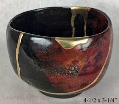 Buy Kintsugi / Kintsukuroi pottery gift for sale at our online gallery Kintsugi, Installation Art, Art Installations, Pottery Gifts, Traditional Japanese Art, Chawan, Tea Ceremony, Ceramic Cups, Online Gallery