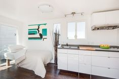 $28k for an elegant, turnkey shipping container home. http://ow.ly/BwGTm