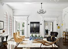[New] The 10 Best Home Decor (with Pictures) - The Los Angeles living room of interior designer Brigette Romanek is outfitted with a pair of Marco Zanuso lounge chairs from Eccola a Blackman Cruz console (left) and a Hans Wegner chaise longue. Architectural Digest, Architectural Elements, Living Room Designs, Living Room Decor, Living Spaces, Living Rooms, Best Interior, Home Interior, Interior Design Minimalist
