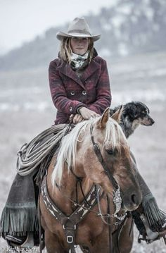 The most important role of equestrian clothing is for security Although horses can be trained they can be unforeseeable when provoked. Riders are susceptible while riding and handling horses, espec… Cowgirl And Horse, Cowboy Art, Horse Girl, Horse Love, Cowgirl Style, Western Photography, Horse Photography, Cowgirls, Mode Country