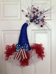 26 x 20 of July Deco Mesh Party Hat with Bow Door Hanger/Wreath - Red/White/Blue Deco Mesh Crafts, Wreath Crafts, Diy Wreath, Tulle Wreath, White Wreath, Wreath Making, Wreath Ideas, Diy Crafts, Mesh Ribbon Wreaths