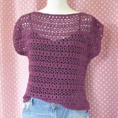 Fabulous Crochet a Little Black Crochet Dress Ideas. Georgeous Crochet a Little Black Crochet Dress Ideas. Débardeurs Au Crochet, Crochet Scrubbies, Pull Crochet, Mode Crochet, Crochet Woman, Crochet Cardigan Pattern, Crochet Shirt, Knitting Patterns, Crochet Patterns