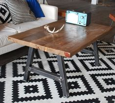 Reclaimed Wood Rustic Modern Architect Coffee por UrbanWoodGoods, $445.00