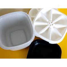 tupperware boites assiettes vintage 70 39 s la boutique de petra tupperware collection vintage. Black Bedroom Furniture Sets. Home Design Ideas