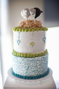 Nature Themed Wedding Cake| Photo:  sugarandsoulphotography.com