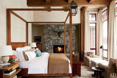 A rustic yet modern Montana ski house by Michael S. Smith. Photo by by Roger Davies. From Architectural Digest.