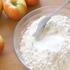 Apfeltaschen - Einfach, Schnell und lecker - senfdazu.net Bakken, Apple Turnover Recipe, Food Portions