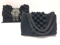 Feel stylist with V&R collection. Crochet Clutch, Crochet Handbags, Crochet Purses, Crochet Bikini, Tapestry Crochet, My Bags, Purses And Bags, Popcorn Stitch, Crochet Tote