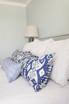 Shades of Blue // Master Bedroom by Interior Designer Elish Phares Blue Master Bedroom, Blue Bedroom Decor, Master Bedroom Design, Master Bedrooms, Pillow Inspiration, Room Inspiration, Showroom Design, Interior Design, Interior Decorating