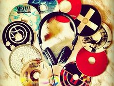 Turn old CDs into cold hard cash... a Madison Startup - Murfie - does just that.