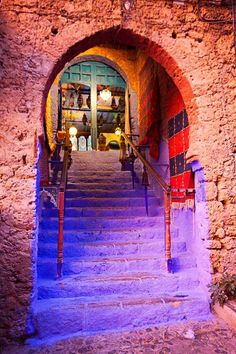 13 photos of beautiful Moroccan doors found in Chefchaouen, Marrakech, Fes, and Tangier. Morocco Travel, Africa Travel, Marrakech, Tangier, Morocco Chefchaouen, Moroccan Doors, Africa Art, Africa Decor, Relax