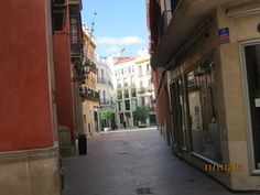 Windows, doorways, calles, courtyards and churches in Seville. Photo courtesy of Ann Thompson.
