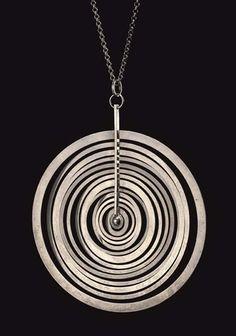 Tapio Wirkkala Hopeakuu pendant for Nilo Westerback Modern Jewelry, Jewelry Art, Vintage Jewelry, Fine Jewelry, Washer Necklace, Rocker Chick, Pendants, Designer Jewellery, Jewels