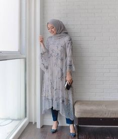 what a beautiful match! Kebaya Modern Hijab, Dress Brokat Modern, Kebaya Hijab, Kebaya Dress, Modern Hijab Fashion, Kebaya Muslim, Batik Fashion, Hijab Fashion Inspiration, Muslim Dress