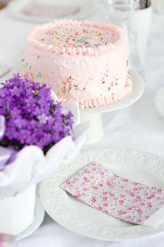... Gateaux auf Pinterest  Hochzeitstorten, Kuchen und Gold-kuchen