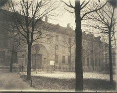 "Eugene Atget ""Hôtel Scipion Sardini, R[ue] Scipion"" Vintage Photographs, Vintage Photos, Eugene Atget, Old Paris, Getty Museum, Black Tree, Photo B, Documentary Photography, Museum Collection"