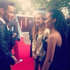 Liam talking to Jade and Leigh-Anne!
