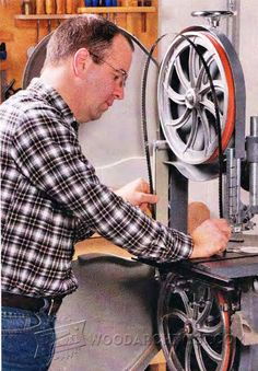 3194-How to Change Bandsaw Blade