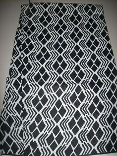 Exclusive Black and white Classic African wax by tambocollection
