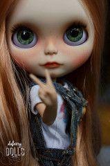 Ambar (Isa Mira) Tagy: roztomilá panenka ooak blythe vlastní tbl dafnery dafnerydolls