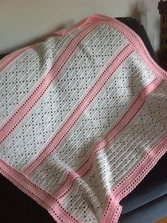 Ravelry: Lazy Daisy Blanket crochet pattern by Mary Jane Protus Crochet Afghans, Baby Afghans, Crochet Blanket Patterns, Baby Patterns, Crochet Stitches, Knitting Patterns, Afghan Patterns, Crochet Baby Socks, Knitted Baby Blankets