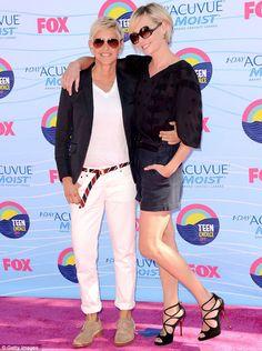 Ellen DeGeneres con la moglie Portia De Rossi ai Teen Choice Awards 2012