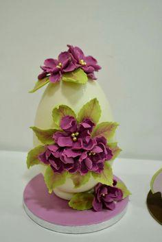 Easter Egg Egg Crafts, Food Crafts, Easter Crafts, Chocolate Flowers, Easter Chocolate, Cake Models, Egg Cake, Spring Cake, Chocolates