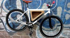 fahrradhalterung-wand-selber-bauen-ideen-graffiti-dreieckig-modern-design