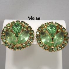 Vintage WEISS Peridot Rhinestone Earrings Signed Clip Earrings Open Back on Two Stones D & E Style Gold Tone Vintage Jewelry Turquoise Jewelry, Boho Jewelry, Jewelry Sets, Beaded Jewelry, Fine Jewelry, Jewelry Supplies, Rhinestone Earrings, Etsy Earrings, Clip On Earrings
