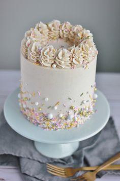 Pretty Cakes, Cute Cakes, Beautiful Cakes, Amazing Cakes, Food Cakes, Cupcake Cakes, Icing Cupcakes, Cake Fondant, Sweets Cake