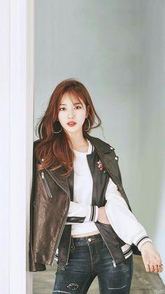 수지 초고화질 배경화면 / 수지 초고화질 사진 모음 : 네이버 블로그 Pretty Asian, Beautiful Asian Women, Miss A Suzy, Girl Fashion, Fashion Outfits, Bae Suzy, Ulzzang Fashion, Asian Hotties, Sexy Asian Girls