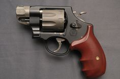 Smith Wesson 327